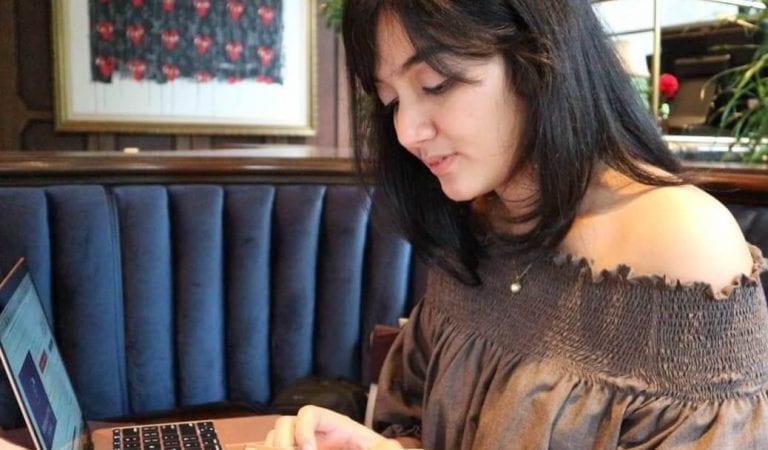 Arini Astari, 'Kartini Digital' Penggagas Sewa Gaun Online