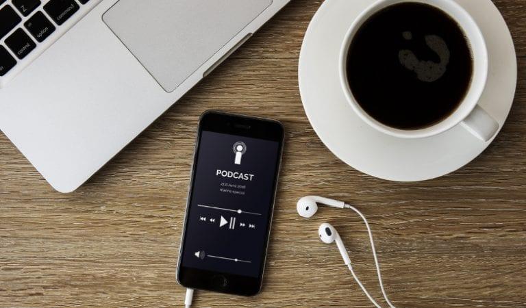 5 Podcast Indonesia Pengembangan Diri Yang Menarik Untuk Didengar