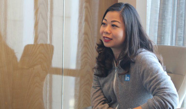 Lanny Wijaya, Account Director LinkedIn Singapore. Bekerja Karena Butuh Uang, Sampai Akhirnya Mencintai Pekerjaannya Sekarang
