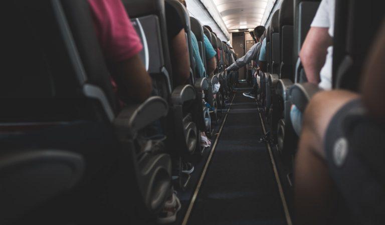 Buat Konten Di Pesawat, Boleh Gak Sih?