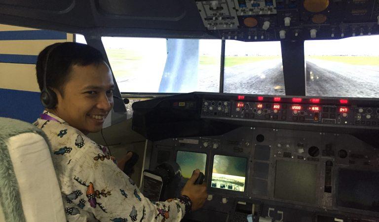 Simulator Boeing 737-800 Buatan Anak Muda Yogyakarta