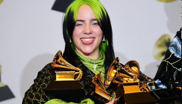 Billie Eilish Memenangkan 5 Nominasi Grammy Awards