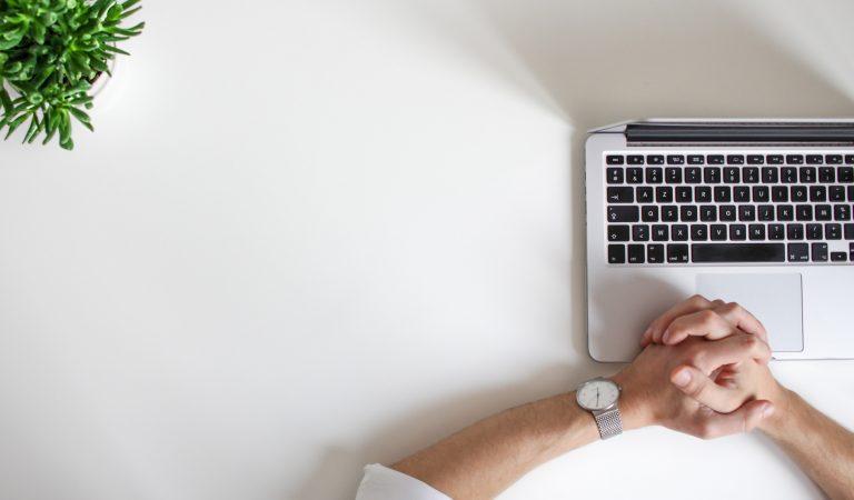 Tips Atasi Rasa Bosan Saat Work From Home Untuk Extrovert
