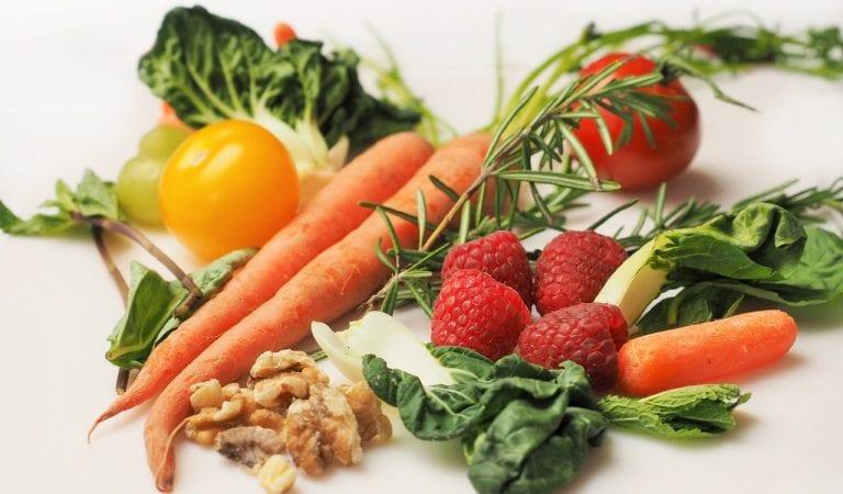 Konsumsi Makanan Ini Agar Pikiran Lebih Tenang