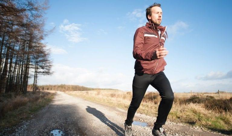 Apa yang Sebaiknya Kamu Makan Sebelum, Sesudah, dan Ketika Kamu Berolahraga?