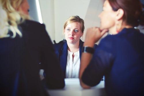 Gugup Saat Interview Kerja? 6 Cara Ini Bisa Mengurangi Kegugupanmu!