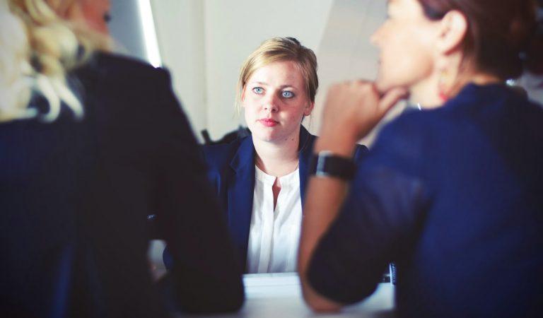 """Tips Bagi Kalian Yang Akan Melakukan """"Online Interview"""""""